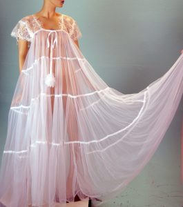 Vintage Sheer Sweeping Long Bridal Night Gown